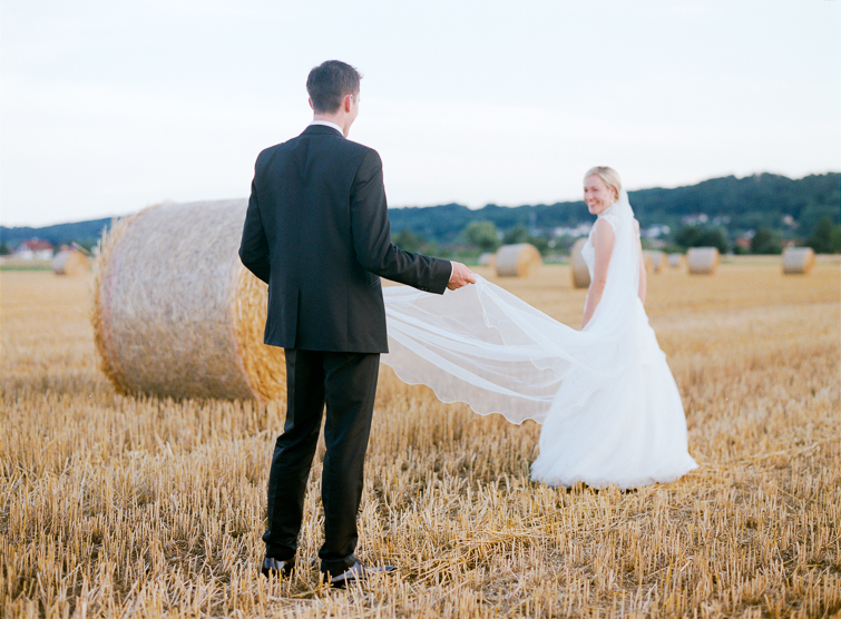 Hochzeitsfoto Kornfeld