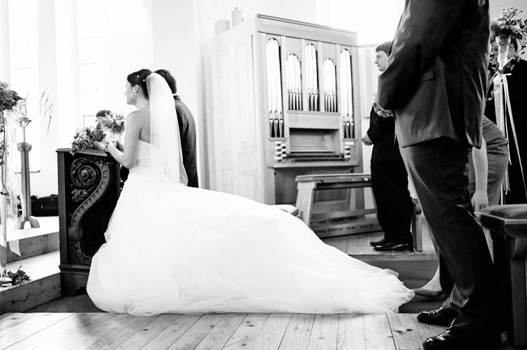 Braut in der Kirche