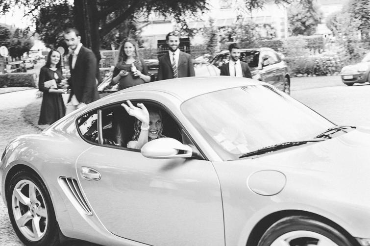 Porsche_hochzeitsfoto_fineart_kreativ_außergewoehnlich_stilvoll_kuenstlerisch_originell_ideen_inspiration_romantisch_bewegend_destination wedding_paris_chateau wedding_hochzeitsfotograf wien