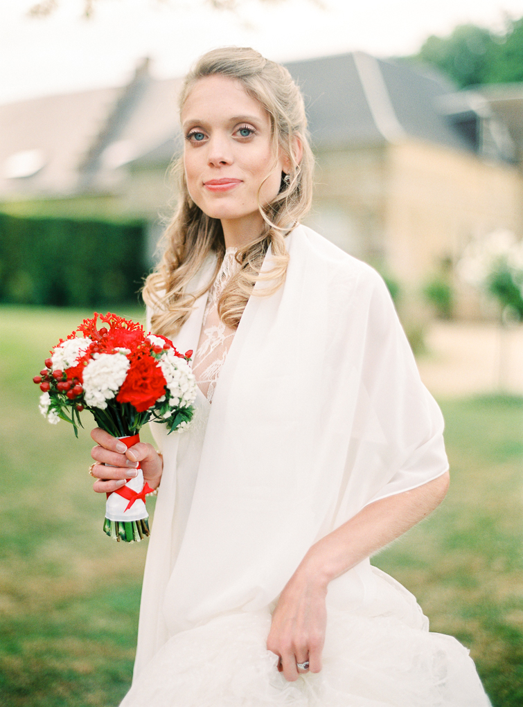 Bride Portrait_hochzeitsfoto_fineart_kreativ_außergewoehnlich_stilvoll_kuenstlerisch_originell_ideen_inspiration_romantisch_bewegend_destination wedding_paris_chateau wedding_hochzeitsfotograf wien